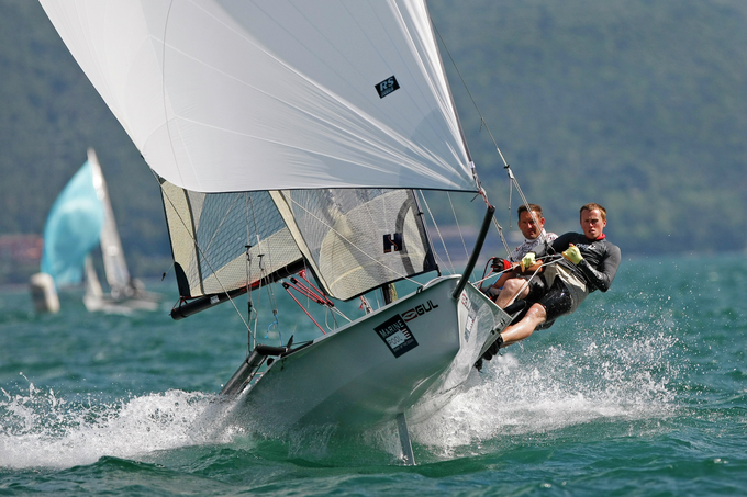 RS 800 - RS Sailing (sailboat)