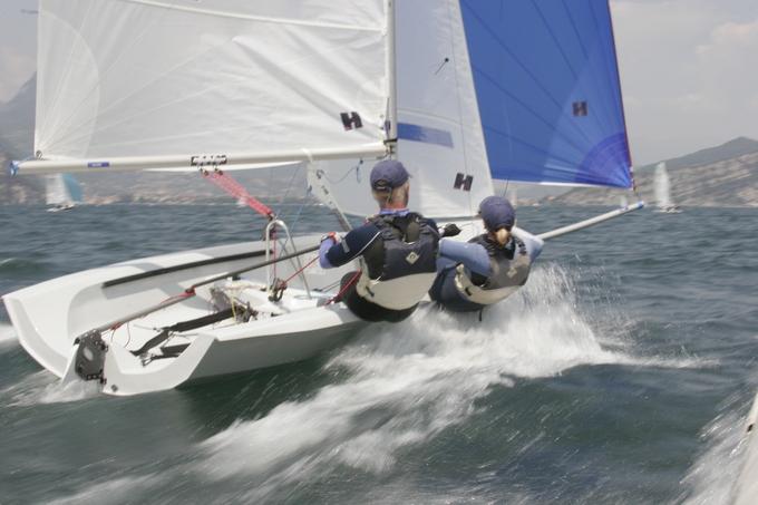 RS 400 - RS Sailing (sailboat)
