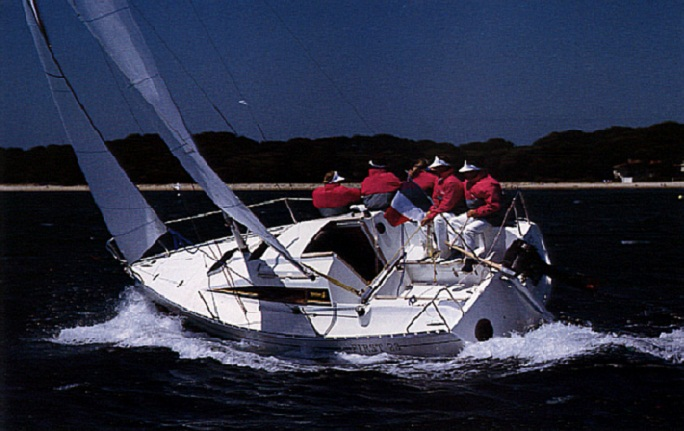 First 235 - Bénéteau (sailboat)