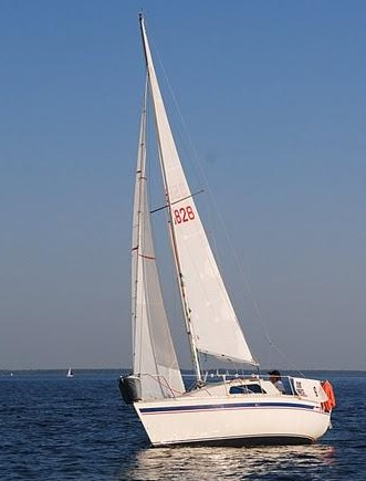 Jouët 600 - Yachting France (sailboat)